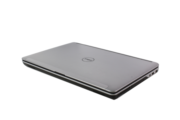 DELL M2800 i7-4810MQ 8GB 240GB SSD FHD 8790M WIN10