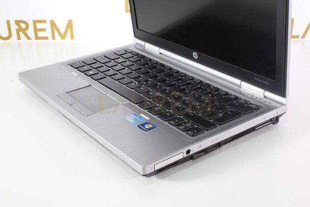 HP 2560p i7-2620M 4GB 120GB SSD WIN 10 HOME