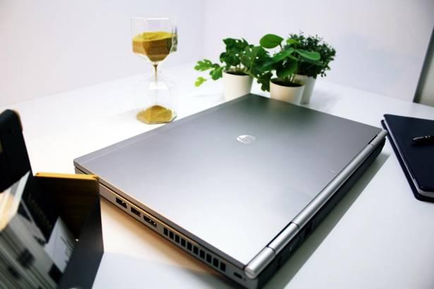HP 8470p i5-3320M 8GB 240GB SSD WIN 10 HOME